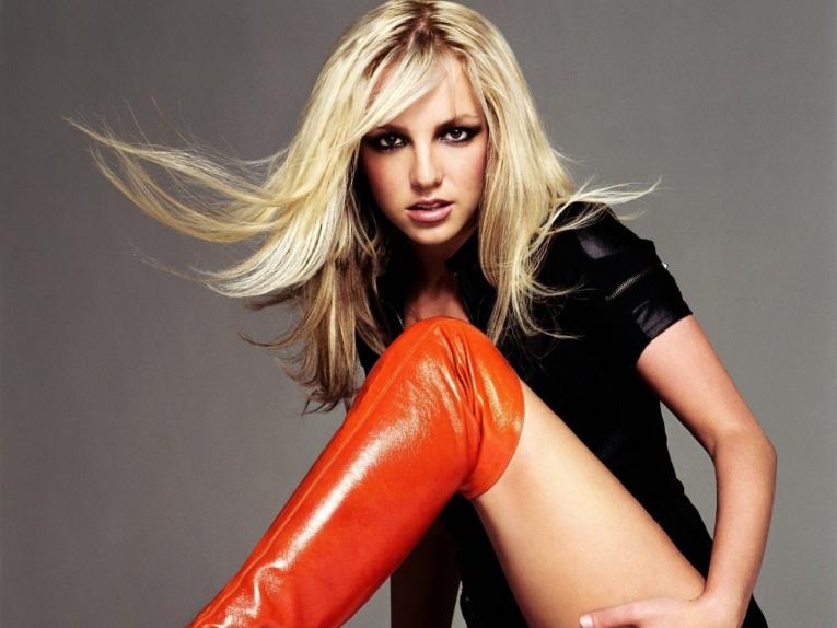Бритни Спирс выпустила долгожданную песню