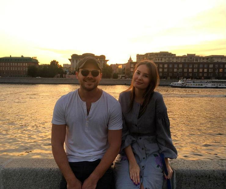 Эмин Агаларов «замутил» с новой девушкой
