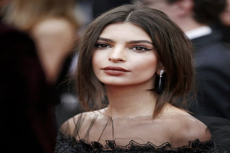 Эмили Ратаковски страдает от стереотипов о красоте