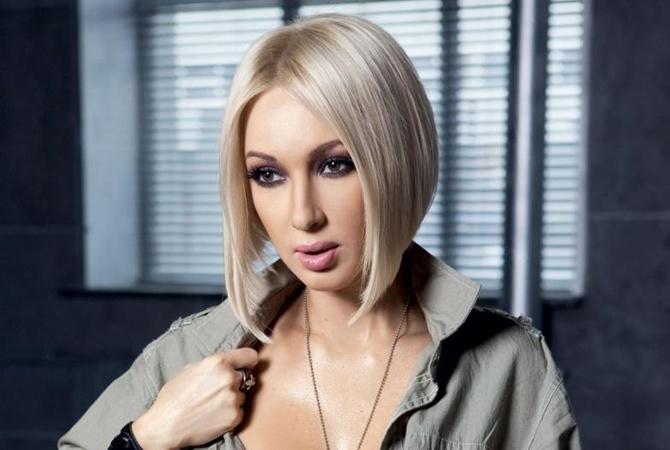 Лера Кудрявцева ищет питомца с помощью экстрасенсов