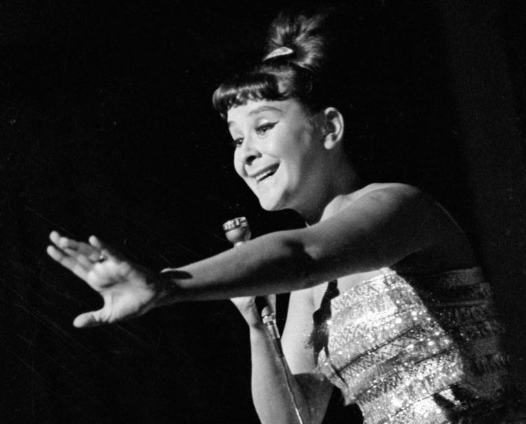 Умерла исполнительница песен «Черный кот» и «Пусть всегда будет солнце» Тамара Миансарова