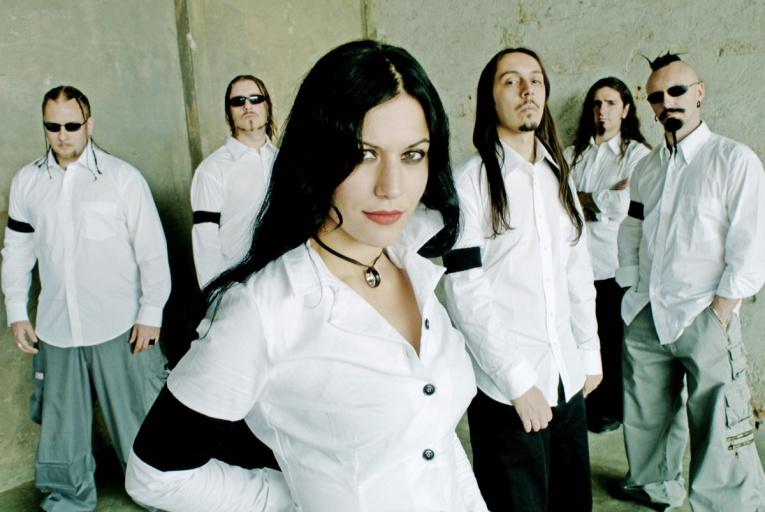 Lacuna Coil выпустили «безумный» диск