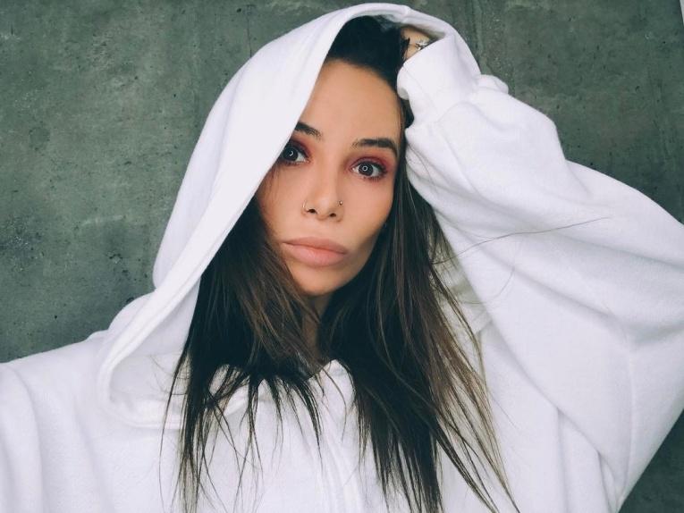 Айза Анохина пожаловалась на расстройство психики