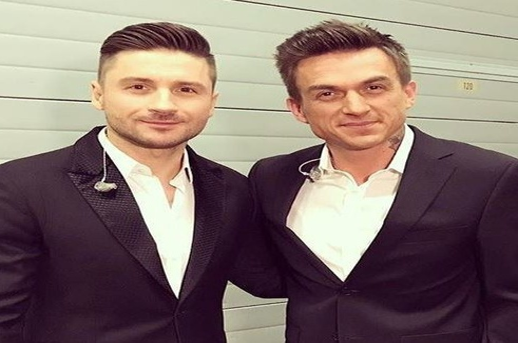 Сергей Лазарев и Влад Топалов спели дуэтом для Юрия Николаева
