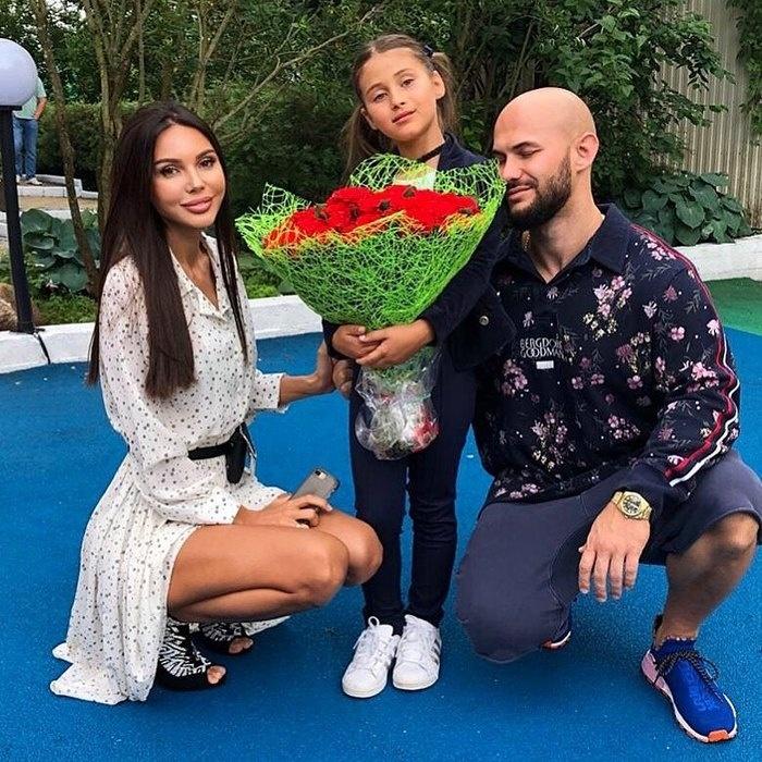Оксана Самойлова и Джиган отметили выпускной дочери