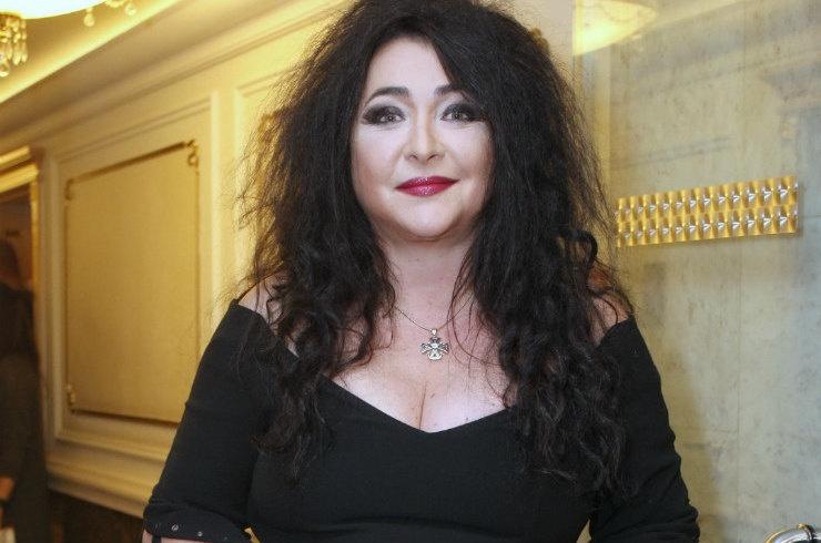 Лолита Милявская уехала в Болгарию