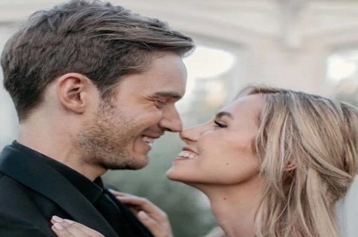 Известный блогер PewDiePie женился