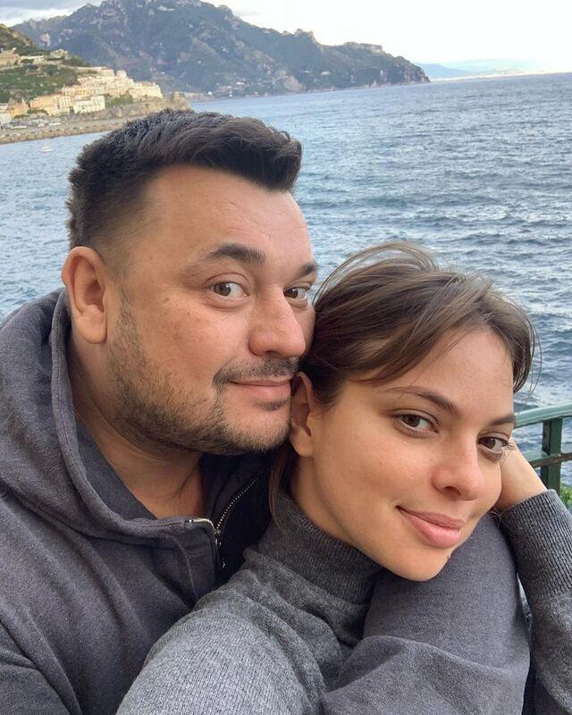 Сергей Жуков трогательно поздравил жену с днем рождения