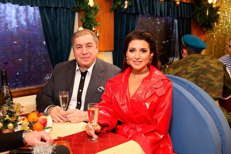 Михаил Гуцериев пополнил коллекцию дипломов фестиваля «Песня года»