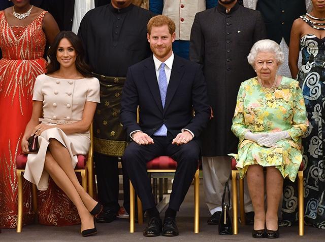 Как королевская семья отреагировала на скандальное решение принца Гарри?
