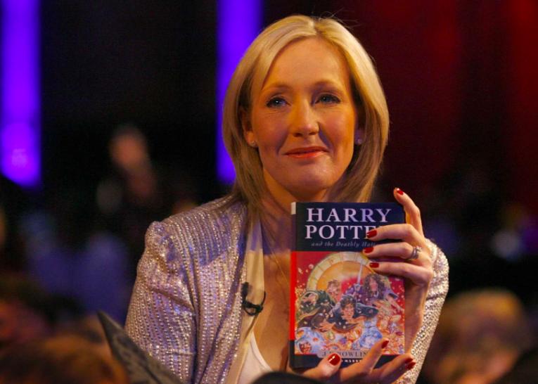 Джоан Роулинг призвала учителей читать Гарри Поттера