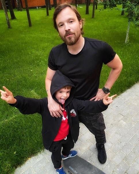 Алексей Чадов показал повзрослевшего сына от Агнии Дитковските