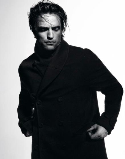 Актер Роберт Паттинсон снялся в новой рекламной кампании Dior