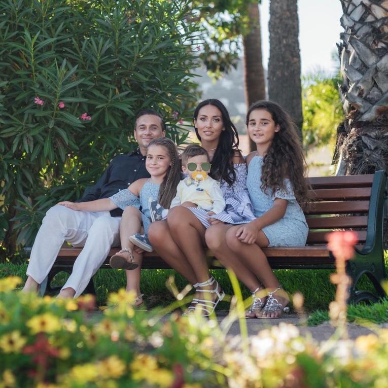 5 многодетных мам, которые выглядят так, будто никогда не рожали